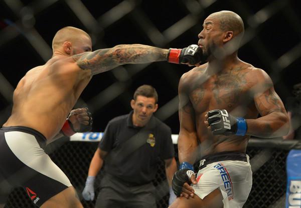 Poirier mostrou paciência e terminou nocauteando Bobby Green (Foto: Getty Images)