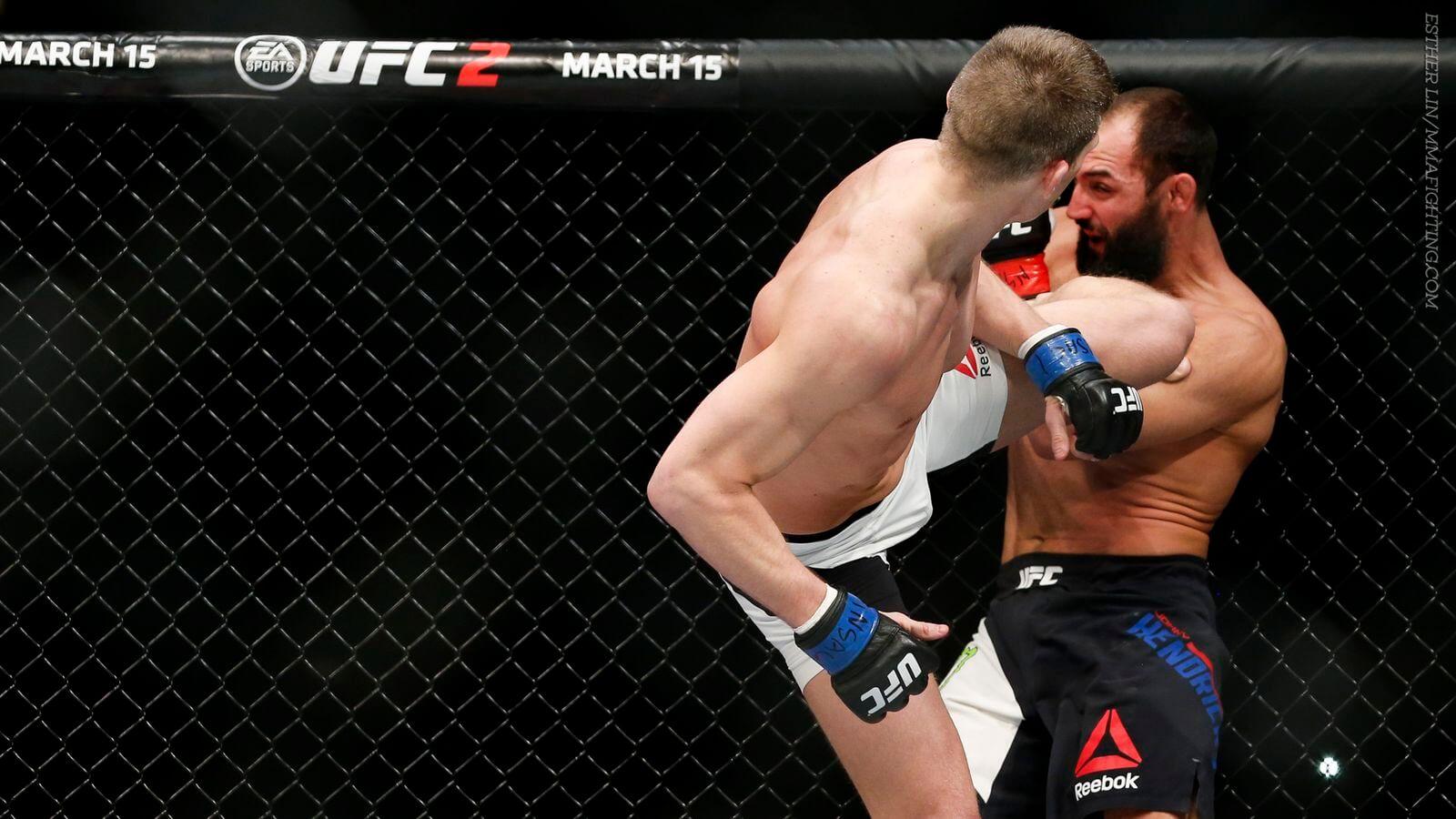 Chute com a perna da frente, uma das grandes armas de Thompson, algo que ninguém no mundo faz tão bem (Foto: Esther Lin/ MMA Fighting)