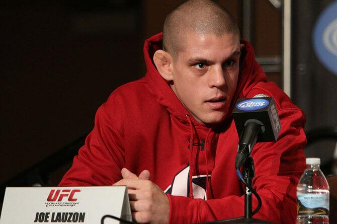 Joe Lauzon enfrenta Marcin Held no UFC Fight Night 103 em